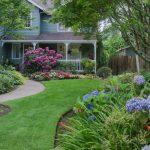 Landscaping vs Gardening